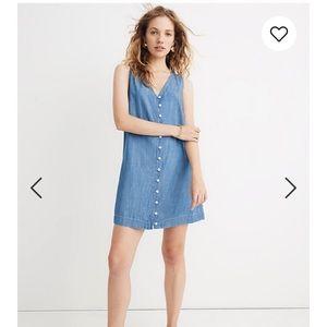 Madewell Denim Button-Front Sleeveless Easy Dress